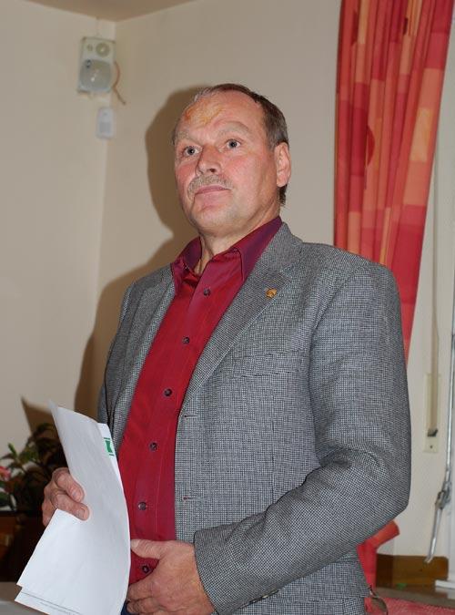 Hans Deckers wurde einstimmig in seinem Amt als Vorsitzender der Gruppe bestätigt