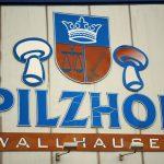 Der Pilzhof Wallhausen hat sein eigenes Logo und zeigt damit die Verbundenheit zur Region, in der sich das Unternehmen auch stark engagiert
