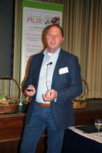 Piet Mertens sieht für den Champost als Substrat im Gemüse viele Anwendungsmöglichkeiten.