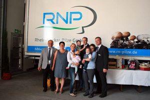 Die Familie Deckers freut sich auf den Besuch bei der Rhein-Neckar Pilz GmbH in Bürstadt.